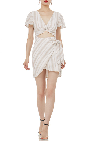 HOLIDAY DRESSES P1809-0089