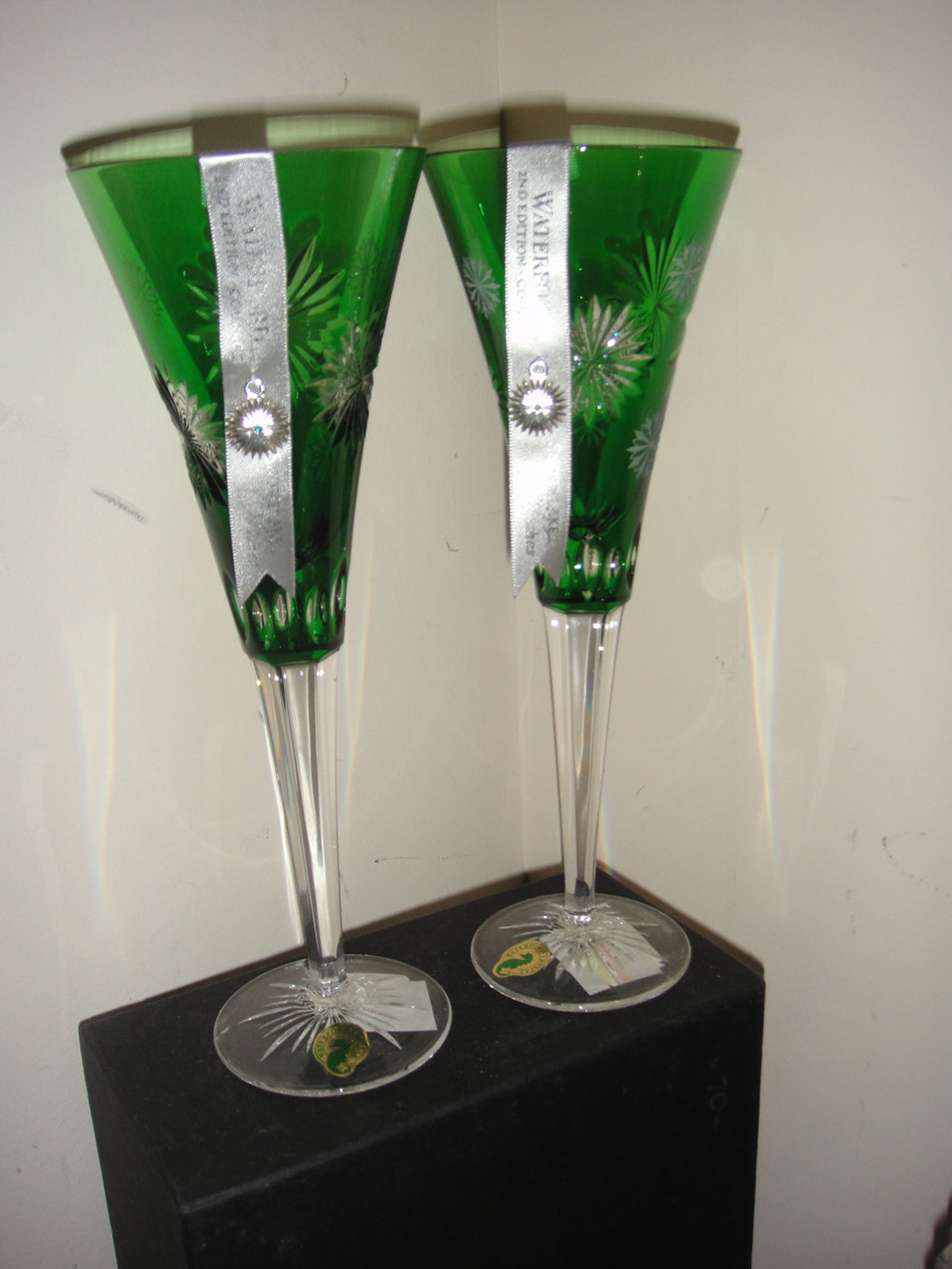 4fa7c33a97e9 Waterford Snowflake Wishes Courage Emerald Flutes set of 2 New