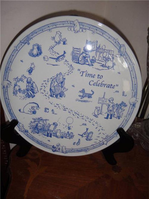 Classic Spode Disney Showcase Cake Plate Winnie The Pooh Time to Celebrate New