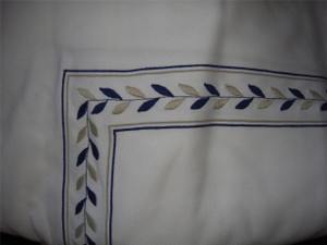 Pratesi Embroidered Egyptian Cotton White King  Bed Cover New