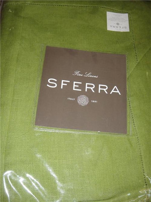 """Sferra 902-Festival 100% Linen Tablecloth  Clover  (Green)  90"""" Round New in Package"""