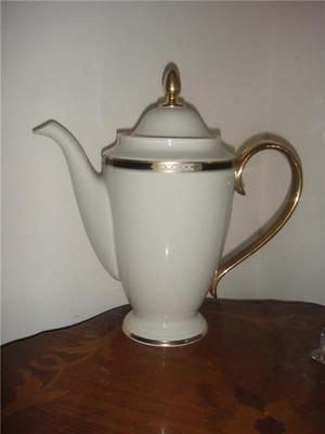 Lenox Hancock Gold Coffeepot New