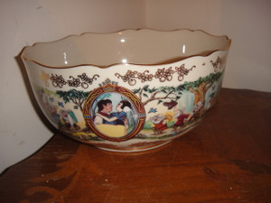 Disney's Snow White Limited Edition Anniversary Bowl By Lenox