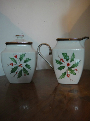 Lenox Holiday Ivory with PLatinum Sugar Bowl And Creamer