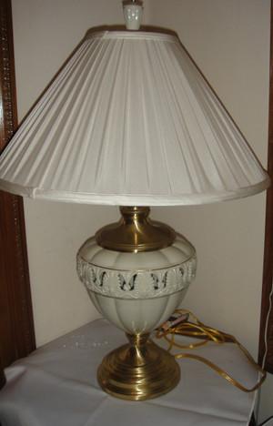 Lenox Quiozel Athenian Table Lamp Brass Finish New