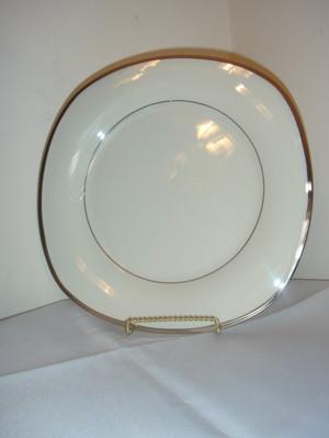 Lenox Dimension Solitare Square Ivory Platinum Dinner Plate