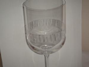 Wedgwood Vera Wang modern Graphic Crystal Wine Glass Set of 4 New