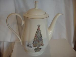 Lenox Jeweled Christmas Tree Coffeepot Eternal New