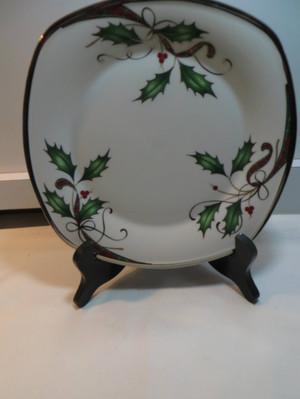 Lenox  Holiday  Nouveau Platinum White  Square Accent Plate