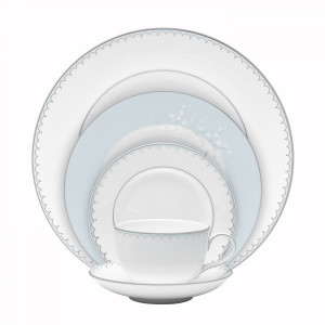 Monique Lhuillier Waterford Lily of the Valley 5 Piece Place Setting