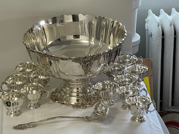 Grande Baroque by Wallace Silver Plate Large Punch Bowl Set 14 PC