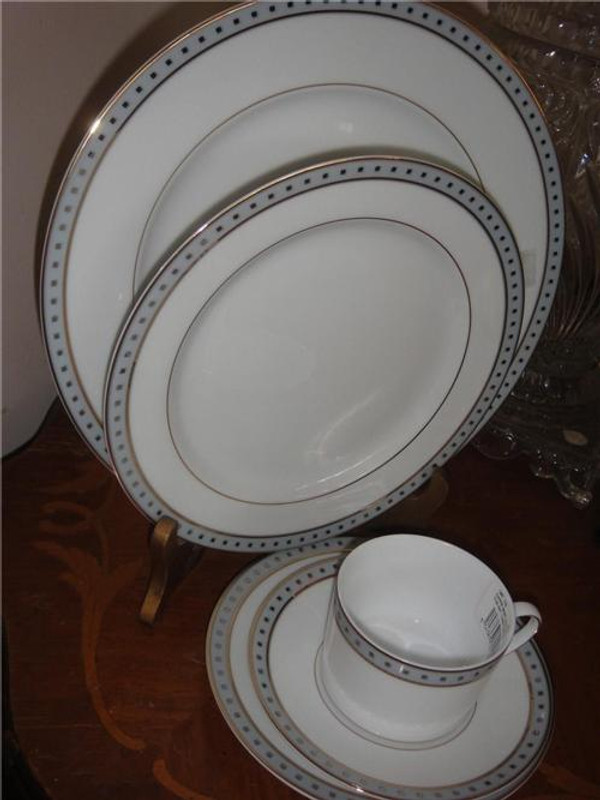 Christofle Babylone Gris 5pc Place Setting Porcelain China Dinnerware New
