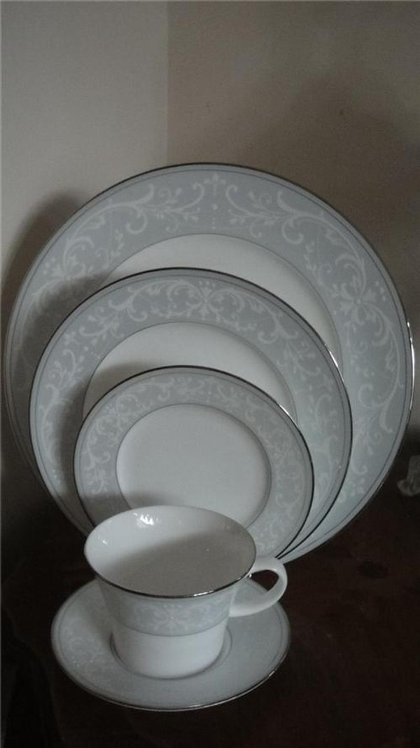 Nikko Sky Symphony Fine Bone China 5pc Place Setting New