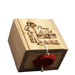 Le Saunier de Occitanie Fleur de Sel in Wood Box