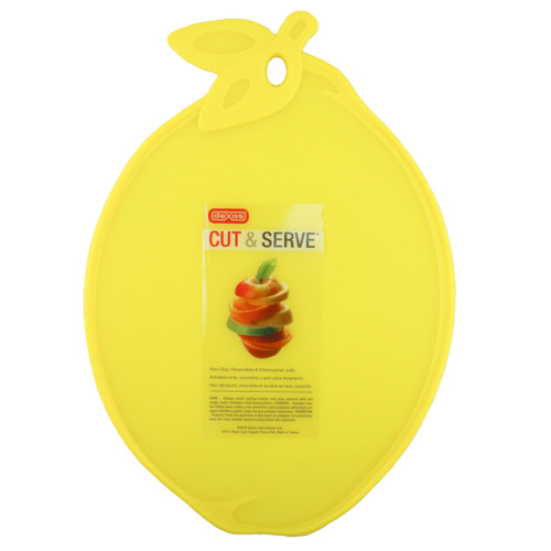 Ideal for the citrus lover and a great reminder to eat more fruit servings! Translucent poly with a green raised grip edge. Adds a dash of colour for both preparing and serving.