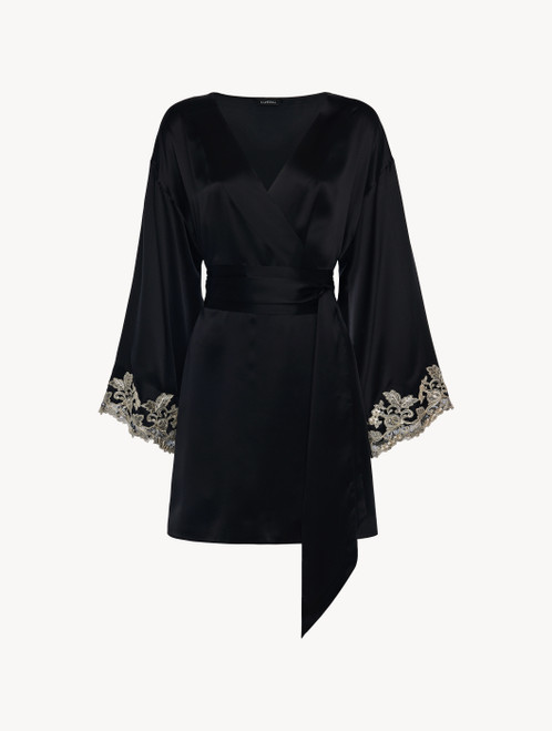 Robe de chambre courte en satin de soie noir avec broderie en guipure « frastaglio »