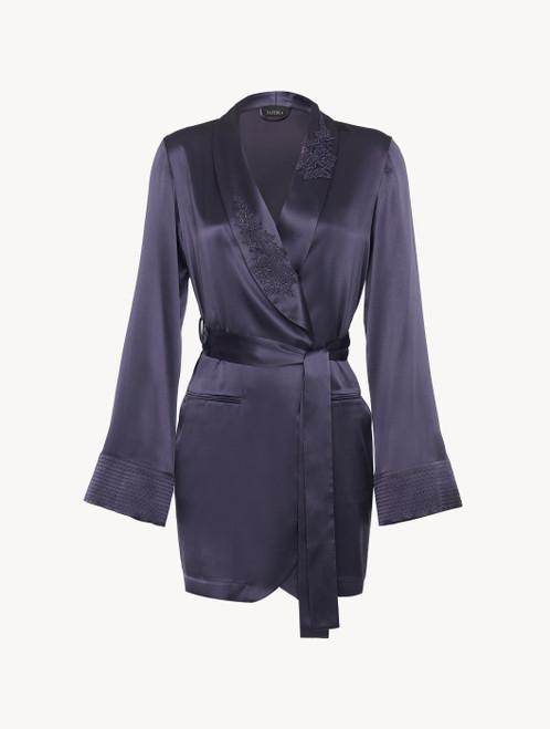 Robe de chambre en satin de soie violet avec tulle brodé