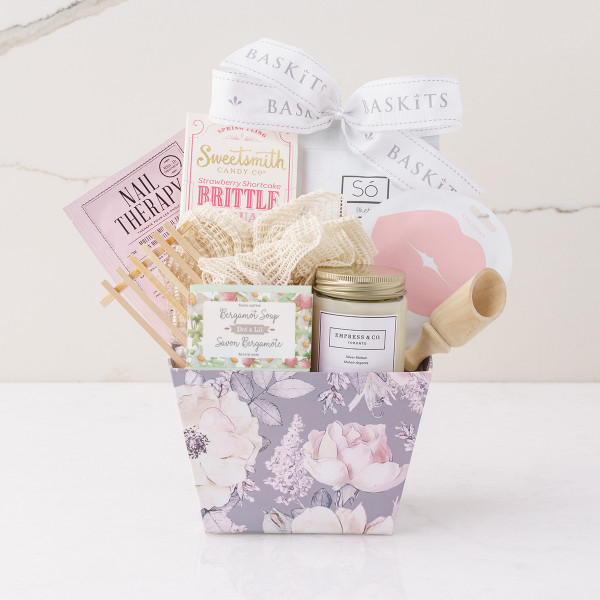 Belle Spa Gift Basket (F31120)