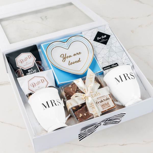 You Are Loved (Mrs/Mrs) Gift Basket (R10821)