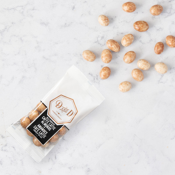 Dabble and Drizzle Cafe Latte Almonds (65g) Gift Basket (LAM-65g-CAFFE LATTE)