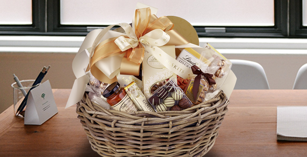 Office Gifting Etiquette