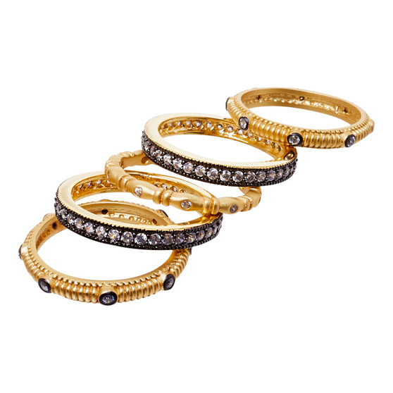 Stackable rings - five CZ gold design