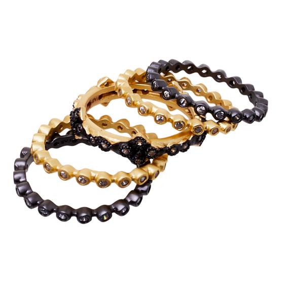 Stackable rings - five black gold design