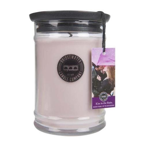 Bridgewater Candle 18 Oz. Jar - Kiss in the Rain