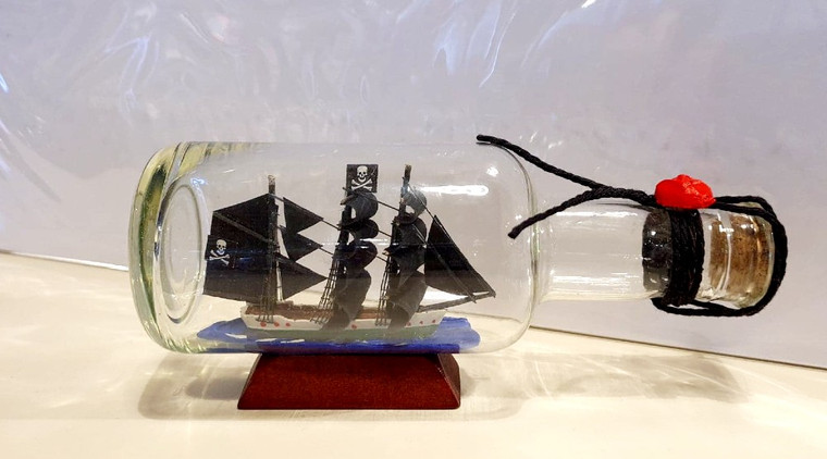 Pirate Ship in Bottle (627)