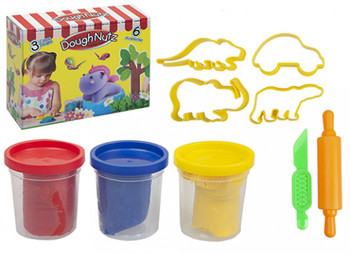 Play Dough With Moulds and Accessories