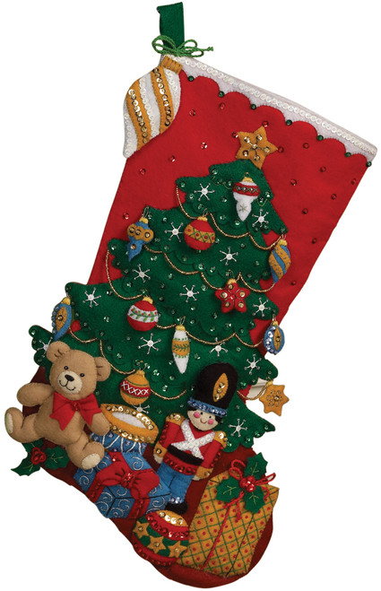 "Bucilla Felt Stocking Applique Kit 18"" Long-Under The Tree -86303 - 046109863030"