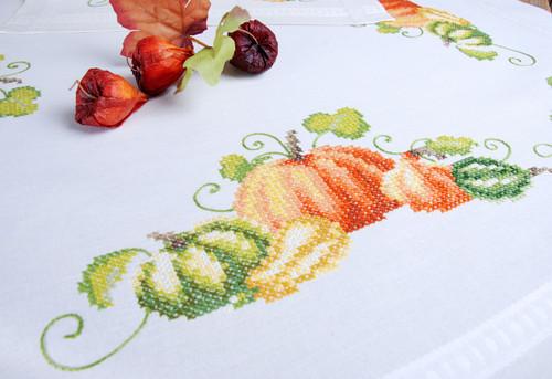 "Vervaco Stamped Tablecloth Cross Stitch Kit 32""X32""-Pumpkins -V0013416 - 5400946010739"