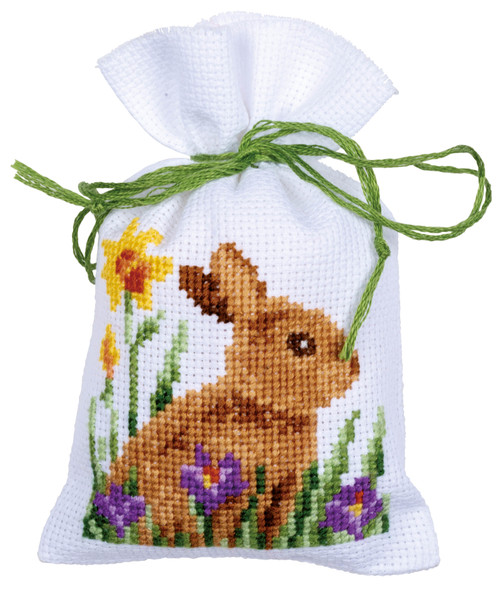 """Vervaco Counted Cross Stitch Sachet Bags Kit 3.2""""X4.8"""" 3/Pkg-Rabbits With Chicks (18 Count) -V0187096 - 5400946005599"""