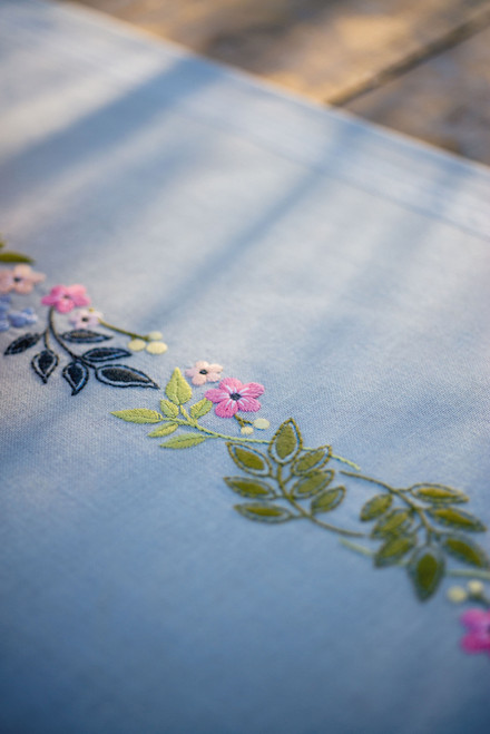 """Vervaco Stamped Table Runner Cross Stitch Kit 16""""X40""""-Flower & Leaves -V0170760 - 5400946010760"""