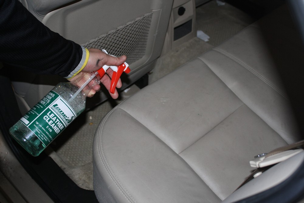 Spray Leather Cleaner