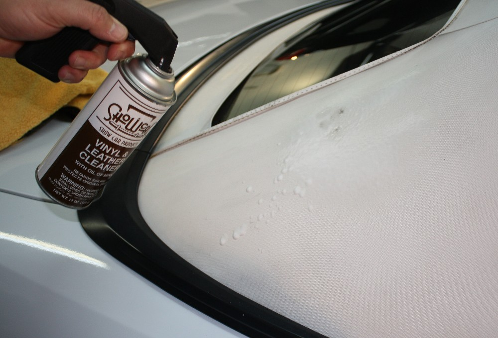 Spray Vinyl and Leather Cleaner