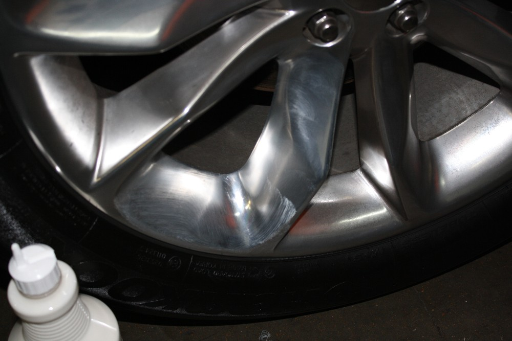 Let Wheel Polish Sit
