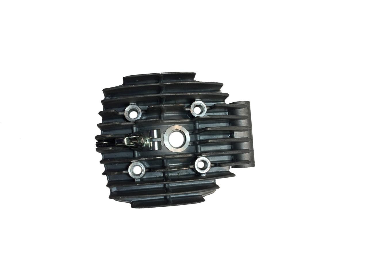 Motobecane AV7 50cc Cylinder Head W Decomp