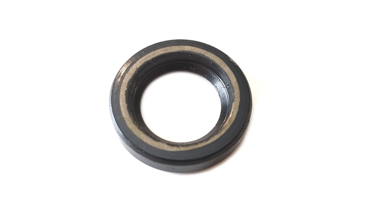 Kinetic / Vespa Moped Crank Shaft Oil Seal - 24x14.9x5