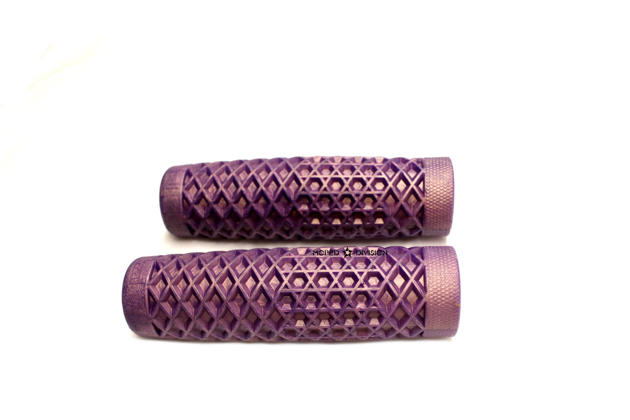 "Vans Cult Waffle Handlebar Grip Set, 7/8"" - Iridescent Purple"