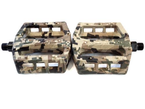 Demolition Trooper Plastic Moped Pedal Set, 9/16th - Green Digital Camo
