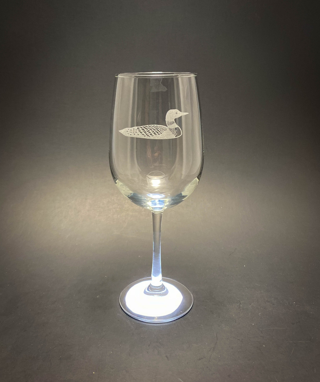 Loon - 18.5 oz Stemmed Wine Glass