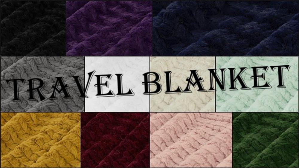 HOOKED Travel Blanket