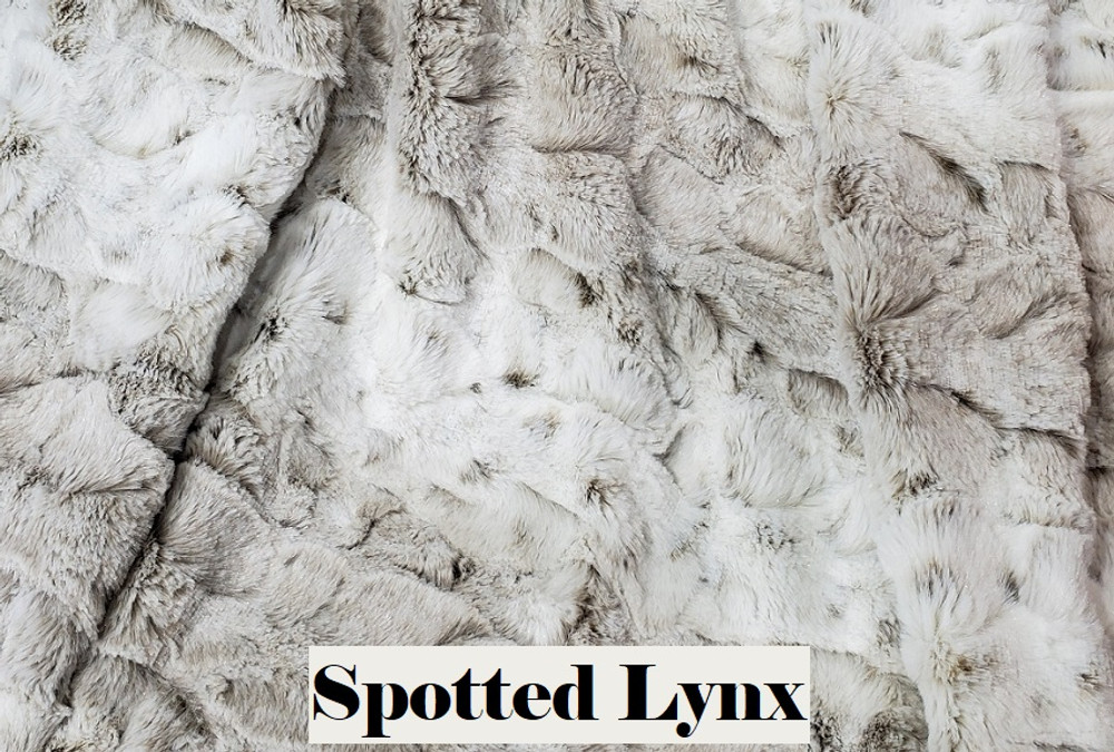 Spotted Lynx - Travel Blanket