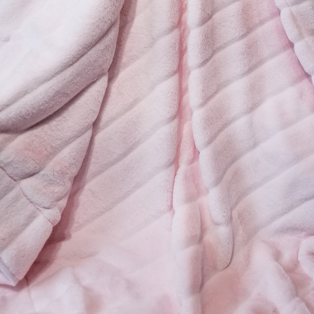 """A 30""""x40"""" Baby Pink Chinchilla Blanket, w/DIVINE Fabric *DEAL"""