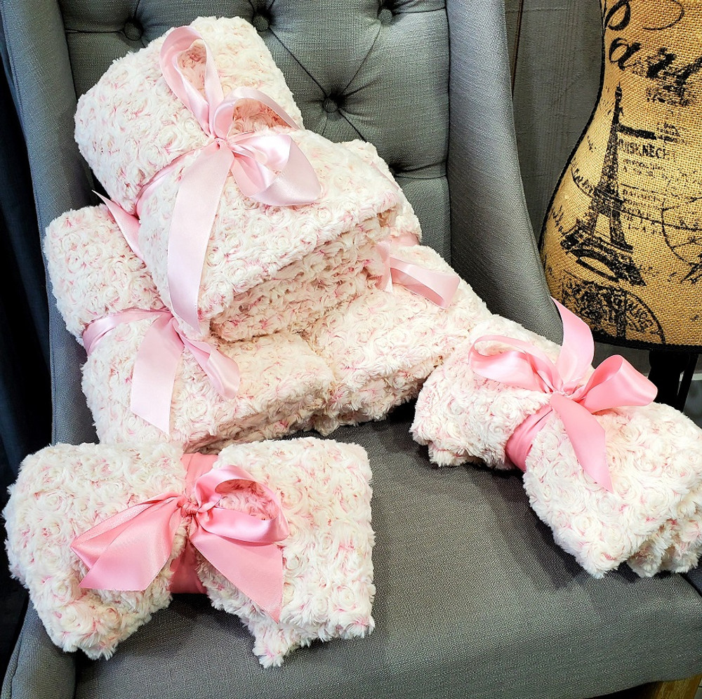 """A 30""""x40"""" Frosted Roses & Pink Blanket, w/ DIVINE Fabric upgrade *DEAL"""