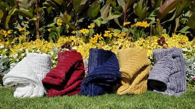HOOKED - Blanket
