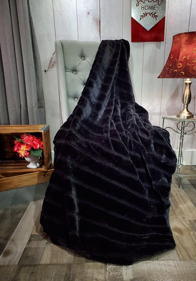"A 63""x65"" Chinchilla Black Blanket, w/DIVINE Fabric *DEAL"
