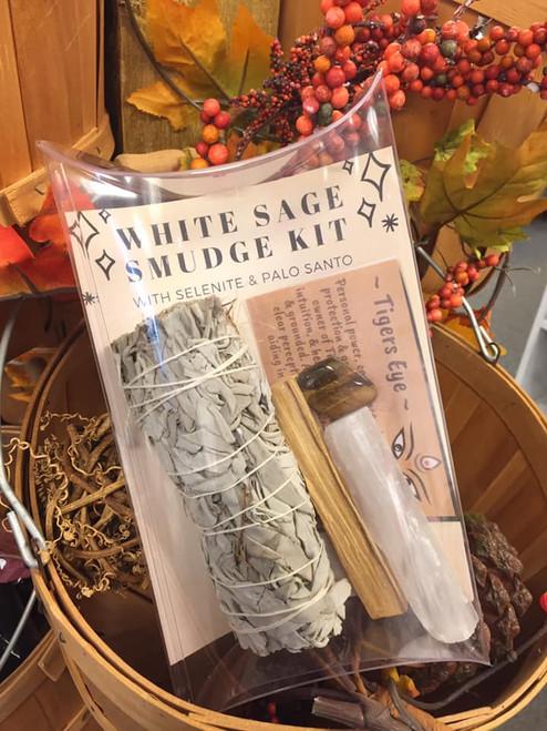 Smudge Kits - Sage, Palo, Selenite & Stone