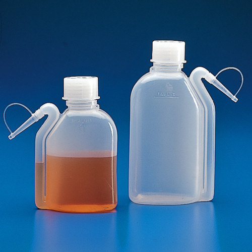 Wash Bottles with Integrated Spout